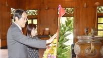 Đại sứ Nhật Bản dâng hương tưởng niệm Chủ tịch Hồ Chí Minh