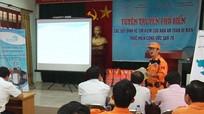 Hơn 120 ngư dân Nghệ An được tập huấn về an toàn đi biển