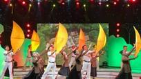 Đặc sắc chương trình 'Đôi bờ Ví, Giặm' ngợi ca văn hóa Lam Hồng