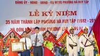 Phường Hà Huy Tập kỷ niệm 35 năm thành lập và đón nhận Huân chương Lao động hạng Nhì