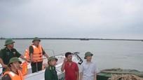 Phó Bí thư Thường trực Tỉnh ủy Nguyễn Xuân Sơn kiểm tra công tác phòng chống bão số 10