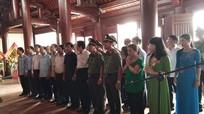 Dâng hương tưởng niệm 75 năm ngày mất của Tổng Bí thư Lê Hồng Phong