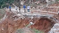 Tỉnh lộ 532 sụt lún nghiêm trọng sau bão