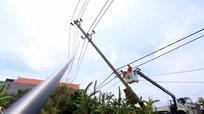 EVN khôi phục cấp điện cho 1,3 triệu khách hàng sau bão Doksuri