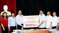 Mặt trận Tổ quốc Việt Nam hỗ trợ Nghệ An 500 triệu đồng khắc phục hậu quả bão số 10