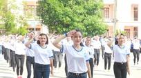 Mãn nhãn với màn flashmob của 500 sinh viên trường Cao đẳng Sư Phạm Nghệ An