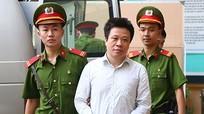 Cựu chủ tịch OceanBank Hà Văn Thắm xin lỗi thuộc cấp vì làm liên lụy