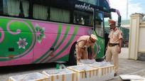 203kg da bò bốc mùi bị bắt giữ trên đường ra Thanh Hóa
