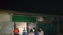 Cảnh sát điều 4 xe chữa cháy cứu xưởng hương trầm