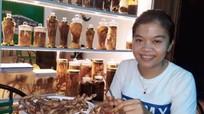 Những công chức trẻ rời biên chế nhà nước về nhà buôn gà, bán rau