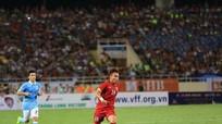 Bị 'bỏ quên' tại ĐTQG, tiền vệ Trần Phi Sơn nói gì?