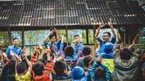 Sinh viên Nghệ - Tĩnh gom ve chai gây quỹ ủng hộ người vô gia cư