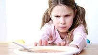Những sai lầm của cha mẹ có thể khiến con thấp lùn