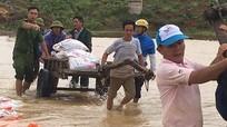 Cả trăm người cứu đập xung yếu ở Nghệ An