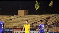 Ngoại binh SLNA 'đánh trống lảng' về nguyên nhân 'tịt ngòi' tại V.League