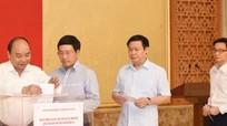 Lãnh đạo Chính phủ quyên góp ủng hộ đồng bào bị thiệt hại do mưa lũ