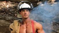 Thân hình cơ bắp chuẩn sáu múi của lính cứu hỏa Australia