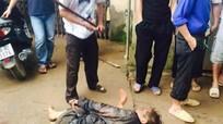 Tạm giữ hai người tham gia đánh chết nghi can trộm chó