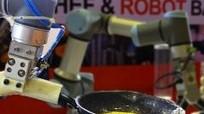 Xem robot chiên trứng, pha cà phê