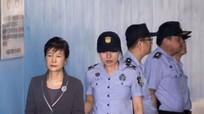 Cựu Tổng thống Hàn Quốc bị ngược đãi trong tù?