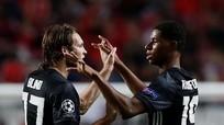 Rashford ghi bàn từ 35 mét, Man Utd toàn thắng ở Champions League