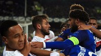 Ẩu đả với Lyon, Everton đối diện án phạt nặng