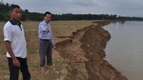 Sạt lở nghiêm trọng cả nghìn mét bãi bồi ven sông Lam
