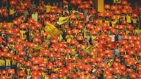 Khăn lụa Khaisilk và chuyện niềm tin bóng đá Việt