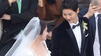 Song Hye Kyo và Song Joong Ki rạng ngời hạnh phúc trong lễ cưới