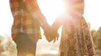 6 lời khuyên 'đốt' tình cảm các cặp đôi