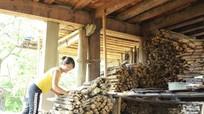 Dân bản tích lũy thực phẩm, chất đốt đón mùa đông khắc nghiệt