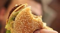 Nhân viên an ninh mang bánh mì kẹp đến 'cứu đói' Tổng thống Mỹ
