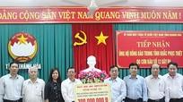 Nghệ An trao 1,2 tỷ đồng hỗ trợ các tỉnh miền Trung bị bão số 12