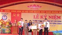 Trường THPT Con Cuông đón nhận Bằng khen của Thủ tướng Chính phủ