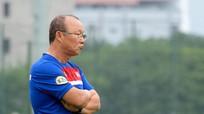 Chuyên gia bóng đá kỳ cựu nói về HLV Park Hang Seo và HLV Hữu Thắng