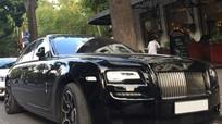 Xe 'khủng' Rolls-Royce Ghost Black Badge bất ngờ xuất hiện tại Hà Nội