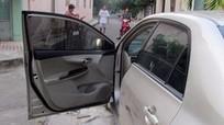 Cô gái mở cửa ôtô gây tai nạn chết người