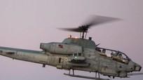 Lính Mỹ lái trực thăng tấn công đi lấy điện thoại bỏ quên