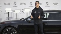 Phá kỷ lục tại Champions League, Ronaldo được thưởng 'nóng'