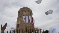 Người Thổ Nhĩ Kỳ dịch chuyển khối lăng mộ nặng 1100 tấn