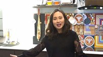 Chiêm ngưỡng căn hộ đầy màu sắc của ca sĩ Khánh Linh