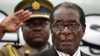 Cựu tổng thống Zimbabwe khóc khi chấp nhận từ chức