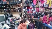 Ế ẩm chợ truyền thống