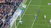 Bàn thắng hụt của Messi khiến La Liga phải sử dụng VAR