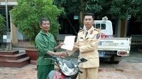 Nhận lại xe máy sau 5 năm bị mất trộm