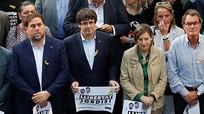 Tây Ban Nha trả tự do cho 6 quan chức Catalonia