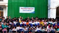 Quỹ 'Mãi mãi tuổi 20' trao tặng 750 áo ấm cho học sinh biên giới Việt – Lào