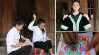 Học sinh người Mông thêu bộ trang phục đón Tết trong 3 tháng
