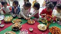 Độc đáo bữa tiệc buffet của trẻ mầm non vùng cao