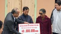 Huyện Đô Lương trao 600 triệu đồng hỗ trợ xây nhà Đại đoàn kết